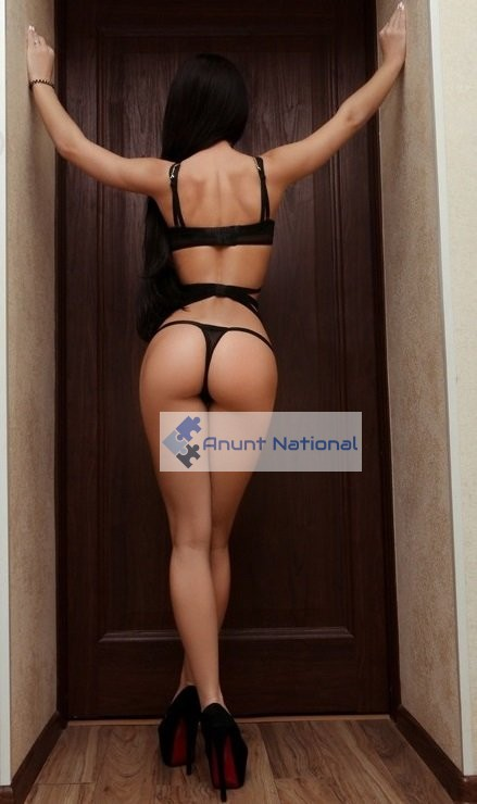 Hello gents , i'm Clara, a young exotic sexy model full of energy and passion.